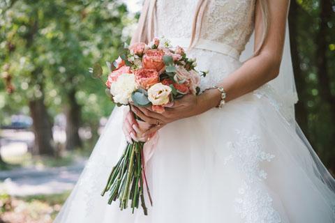 paznokcie przed ślubem