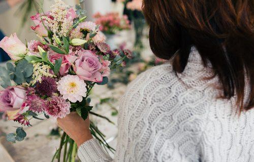 daf8f920 Florysta na wesele – o czym należy pamiętać?