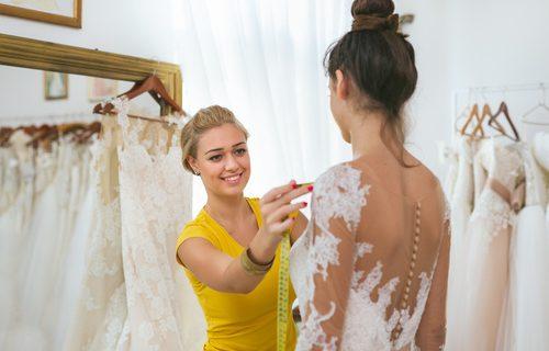Krawcowa Sukien ślubnych Najważniejsze Informacje Weselnik