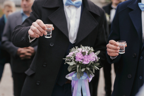 wódka na weselu